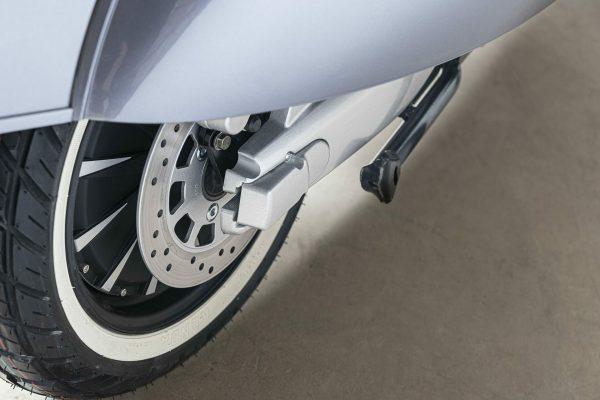 E.F.O EV4000 Elektro Roller Motorrad